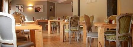 "Enjoy dinner at the <a title=""Dinner At The Cottage Lodge"" href=""http://www.brunos.restaurant/"">Brunos Restaurant</a> at Cottage Lodge"